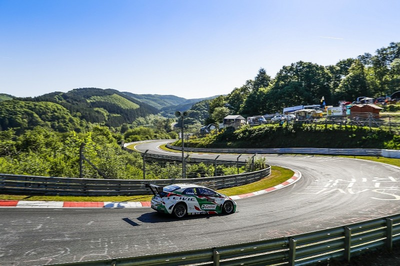 WTCC Nordschleife: Michelisz steals pole with final flying lap