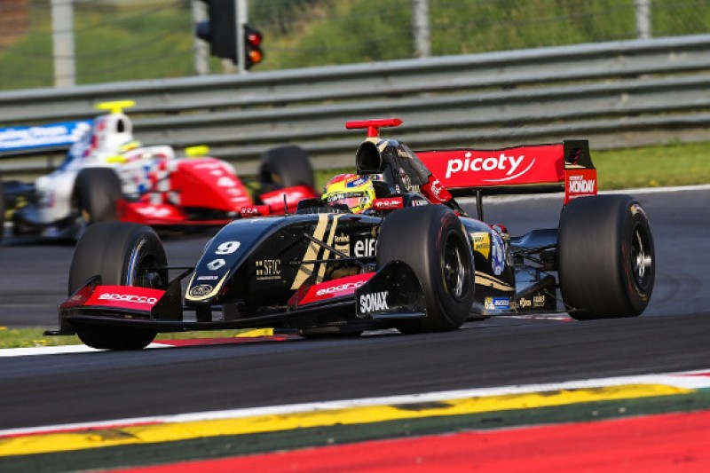 Red Bull Ring FR3.5: Matthieu Vaxiviere takes race two victory