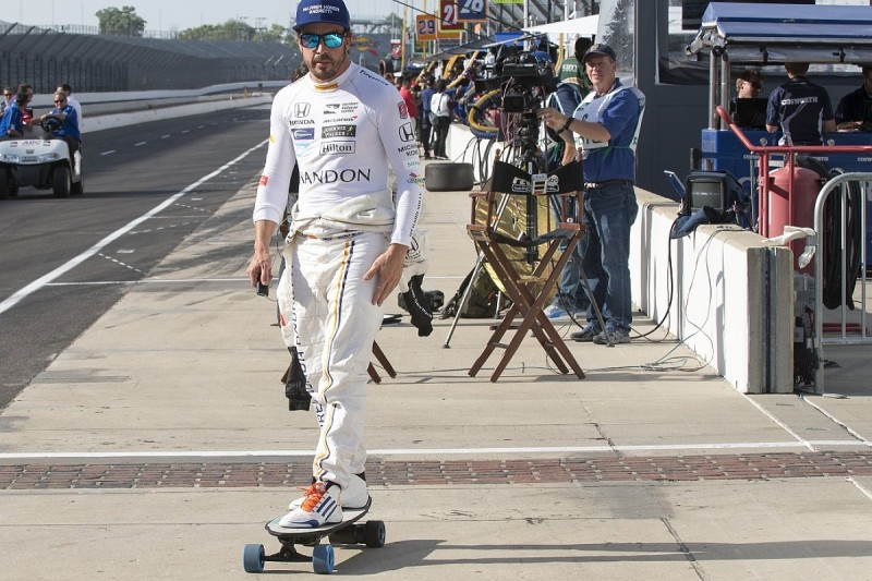 McLaren's last Indy 500 winner Rutherford hopes Alonso is in 'awe'