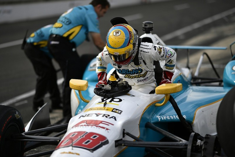 Chaves leads quiet practice session before Indy 500 qualifying