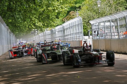 Paris joins Formula E calendar for 2015/16 season