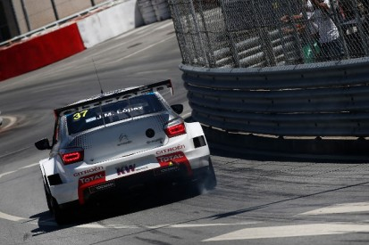 WTCC Vila Real: Jose Maria Lopez and Yvan Muller on top in practice