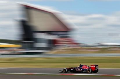 Carlos Sainz Jr wants answers on Toro Rosso's first-stint problems