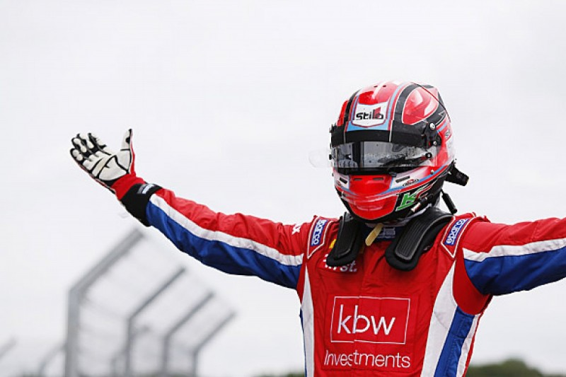 Silverstone GP3: Kevin Ceccon wins race two ahead of Esteban Ocon
