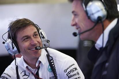 Mercedes could offer Renault and Honda F1 engine lifeline