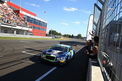 Moscow Blanpain Sprint: Abril and Buhk take victory for Bentley