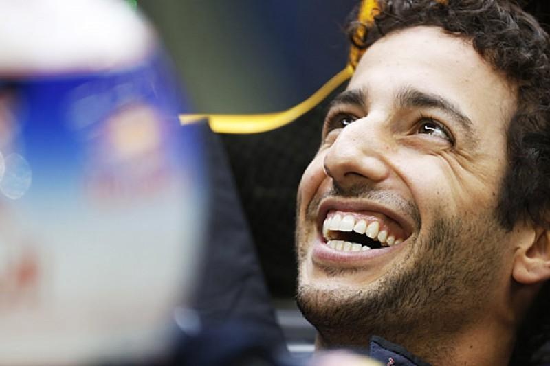 Interest from Ferrari F1 team is 'nice', says Daniel Ricciardo