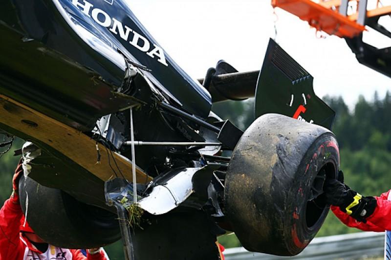 Alonso set for F1 engine change due to Raikkonen crash damage