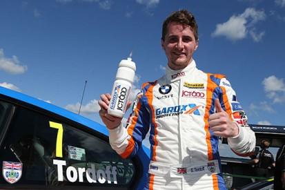 Croft BTCC: Sam Tordoff pips WSR BMW team-mate Andy Priaulx to pole