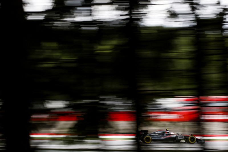 Boullier: McLaren's F1 woes could 'soon' affect 2016 development