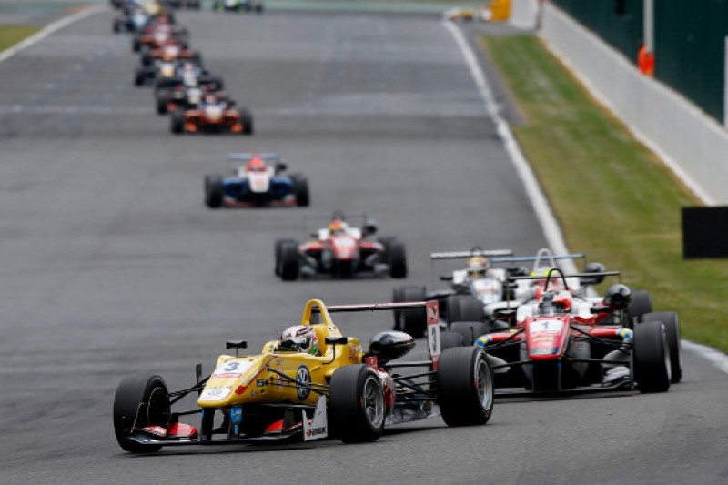 European F3 Spa: Antonio Giovinazzi handed grid penalty for contact