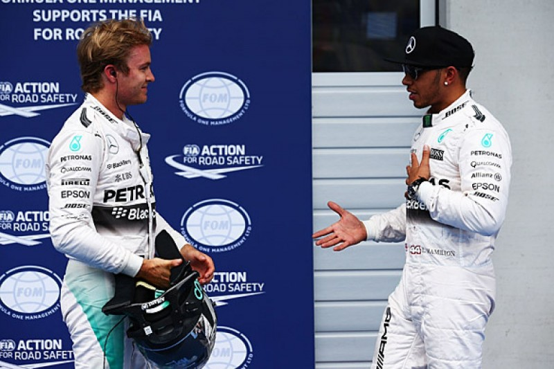 Austrian GP: Lewis Hamilton beats Nico Rosberg to pole, both go off