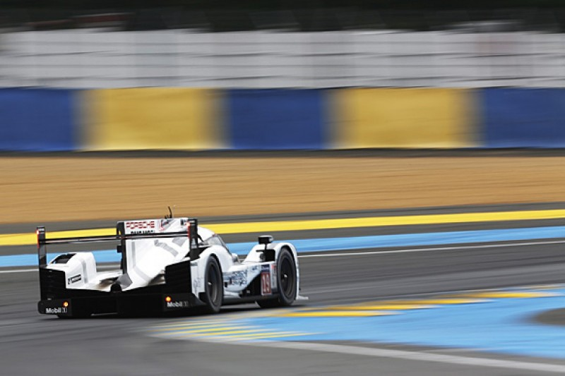Le Mans 24 Hours: Nico Hulkenberg leads into final hour for Porsche