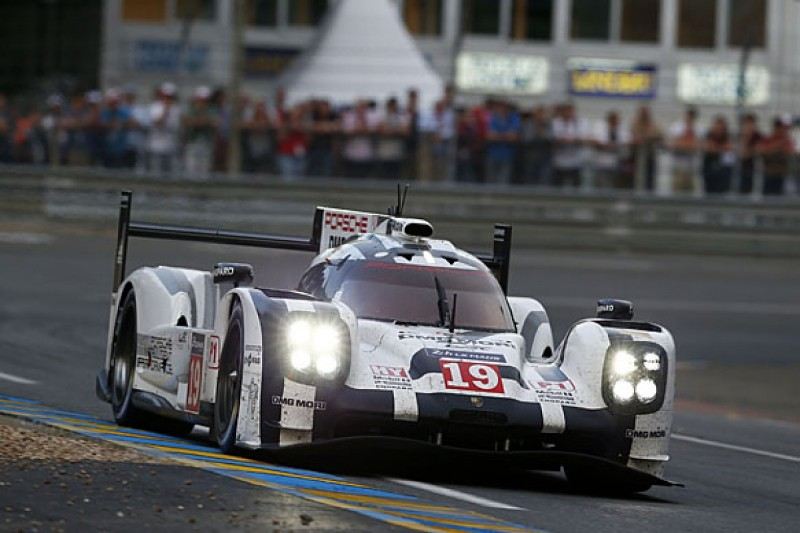 Le Mans 24 Hours: Porsche holds one-two into race's final quarter