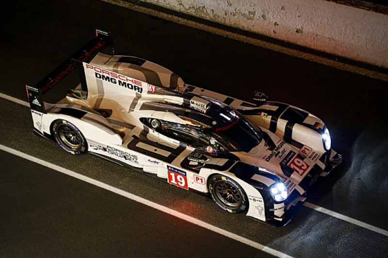 Le Mans 24 Hours: Nick Tandy maintains Porsche's lead in 10th hour