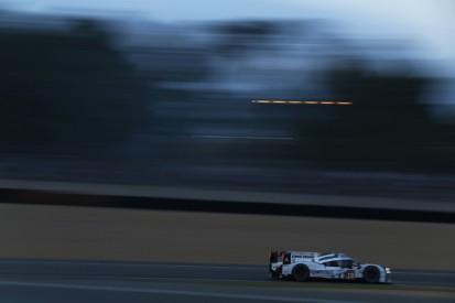 Le Mans 24 Hours: Porsche still in control as day breaks