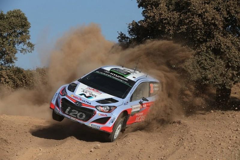 WRC Italy: Hayden Paddon holds off Sebastien Ogier to retain lead