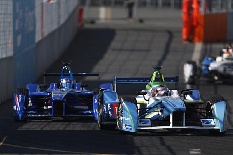 "Da Costa blasts ""idiotic"" Trulli after Moscow Formula E battle"