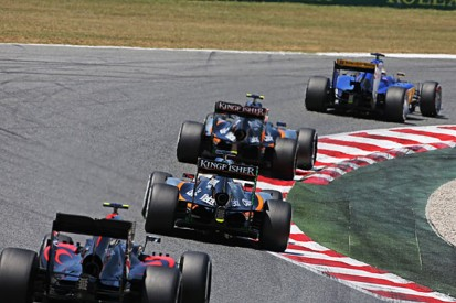 Small F1 teams accuse manufacturers of customer car power grab