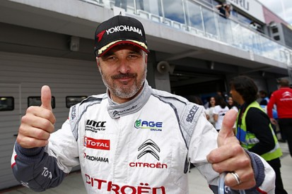 Moscow WTCC: Yvan Muller beats Jose Maria Lopez to pole
