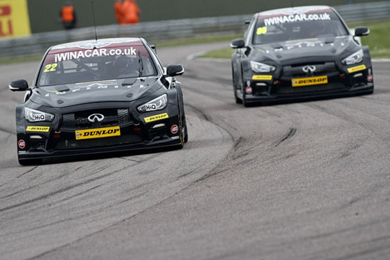 Support our Paras team down to one Infiniti for Oulton Park BTCC