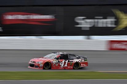 Pocono NASCAR: Kurt Busch on pole in red-flagged qualifying session