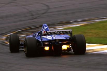 1997 champion Jacques Villeneuve says tyre war is best for F1