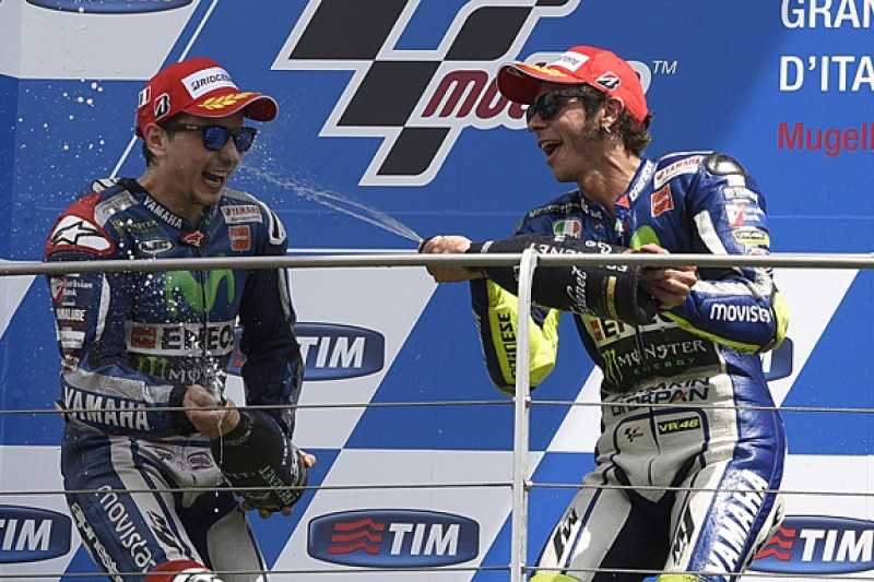 "Valentino Rossi says Jorge Lorenzo's MotoGP pace is ""bad news"""