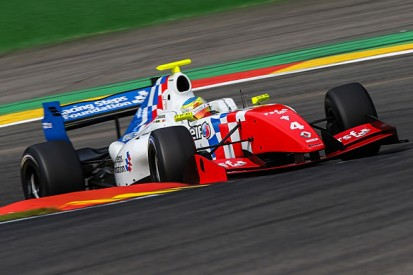 Spa FR3.5: Oliver Rowland denies Tio Ellinas pole for race two