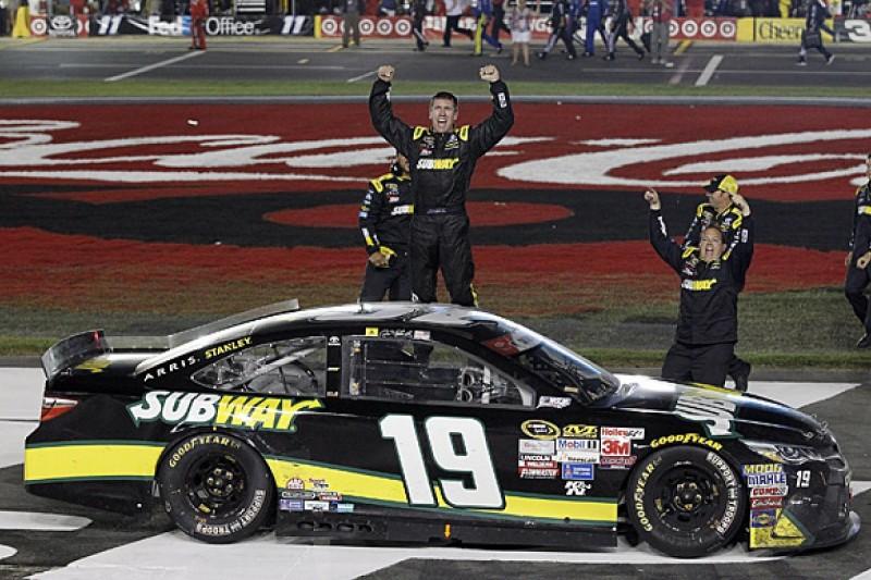 Charlotte NASCAR: Carl Edwards claims first win with Joe Gibbs