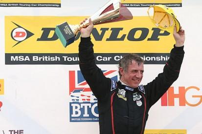 Thruxton BTCC: Jason Plato beats Rob Collard for 90th race win