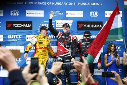 Norbert Michelisz takes Honda's first WTCC win of 2015 in Hungary