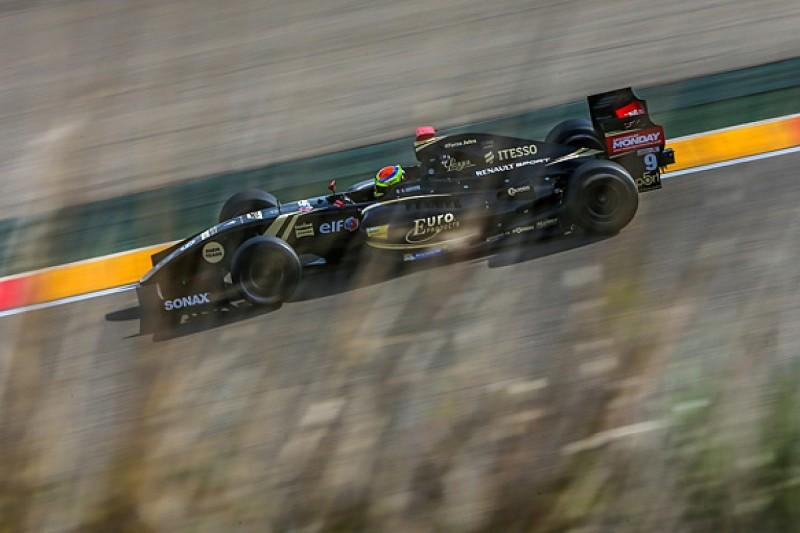 Aragon Formula Renault 3.5: Lotus's Vaxiviere takes race one pole