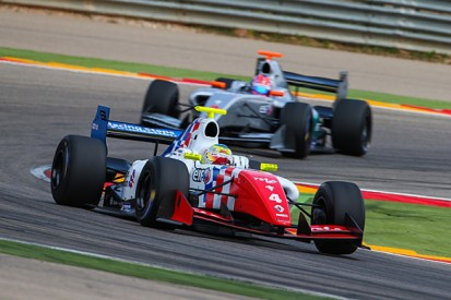 Aragon Formula Renault 3.5: Oliver Rowland leads Fortec one-two