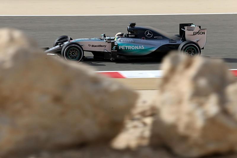 Bahrain GP: Lewis Hamilton edges out Sebastian Vettel in FP3