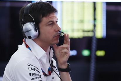 Mercedes boss Wolff says Vettel's Malaysian GP win a 'wake-up call'