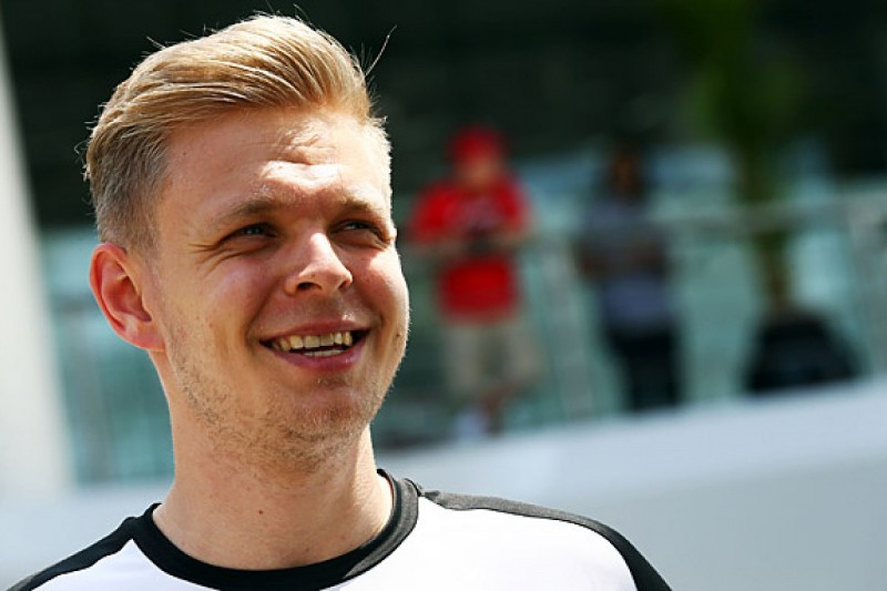 F1 reserve Kevin Magnussen came close to IndyCar drive for 2015