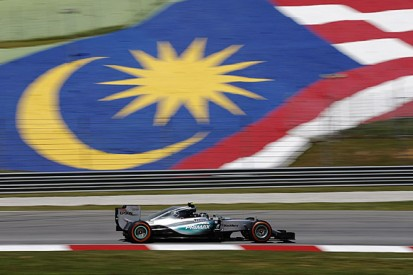 Malaysian GP: Rosberg fastest in practice, problems for Hamilton