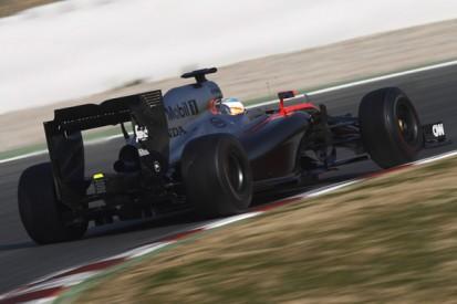 Alonso recalls 'heavy steering' in Formula 1 pre-season crash
