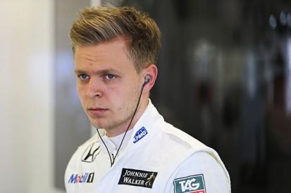 F1 Australian GP: Kevin Magnussen and Daniil Kvyat fail to start
