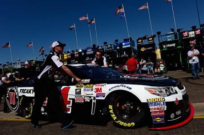 NASCAR Phoenix: Kevin Harvick takes Sprint Cup pole
