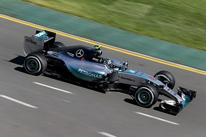 Australian GP: Nico Rosberg on top again for Mercedes in practice