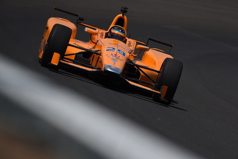 Fernando Alonso leads 'rookies and refreshers' Indy 500 practice