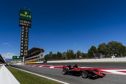 Renault F1 junior Aitken takes first GP3 pole position of 2017