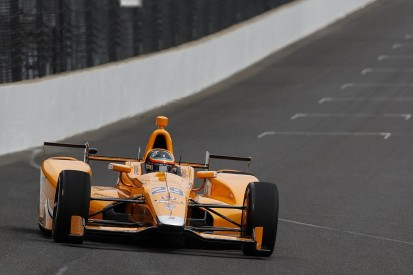 Fernando Alonso showing he 'gets' ovals with Indy testing - Andretti