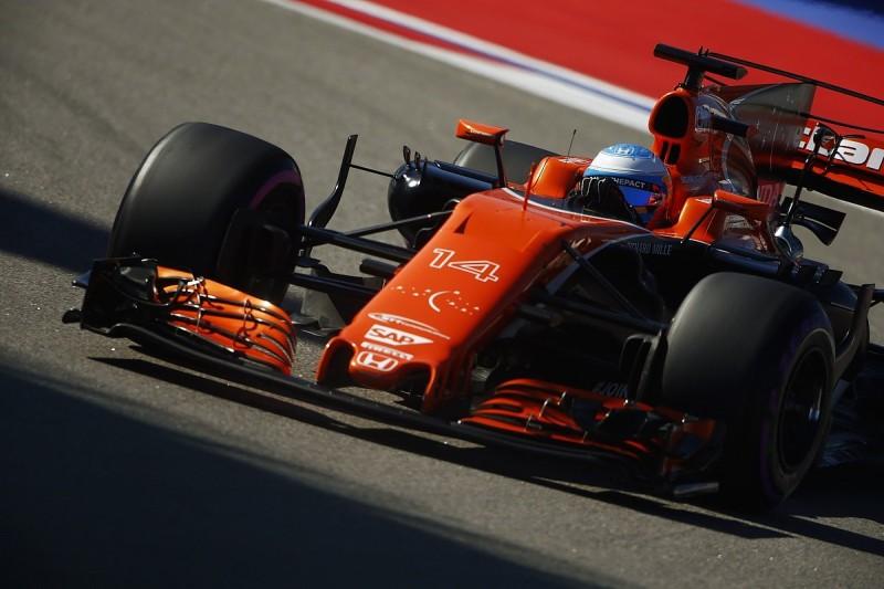 Alonso claims McLaren-Honda losing 2.5s per lap at Sochi F1 track