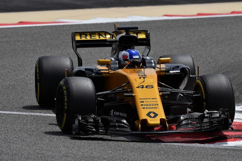 Renault F1 team believes new front wing will help fix race pace