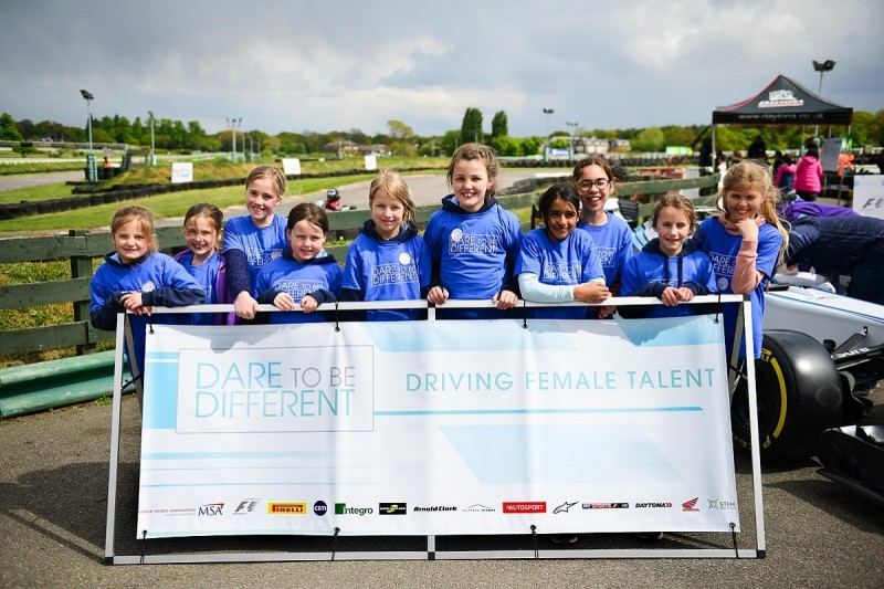 Susie Wolff's Dare To Be Different initiative back at kart track