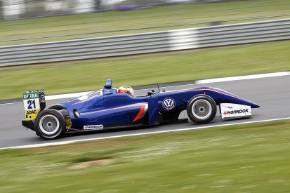 Jake Dennis's Carlin European F3 programme to stop after Pau