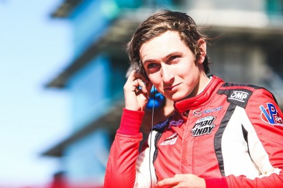 Early IndyCar debut for Veach at Carpenter after Hildebrand injury
